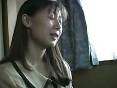Amateur Japanese Mammy Playing Threesome